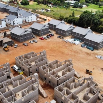 Designer-Roof-Trusses-at-66-on-High-in-Benoni001