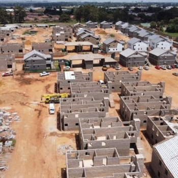 Designer-Roof-Trusses-at-66-on-High-in-Benoni002