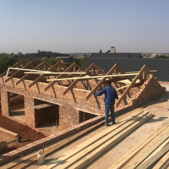Designer-Roof-Trusses-House-Janse-van-Rensburg-on-stand-177-Serengeti008