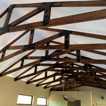 Designer Roof Trusses Inzalo Safari Lodge11