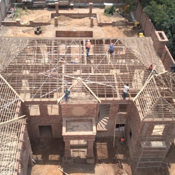 Desiner-Roof-trusses-modern-roof-in-Sandton001