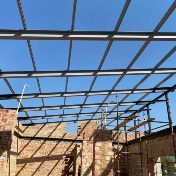 Designer-Roof-Trusses-Seregeti-for-Mr-ans-Mrs-van-Straaten0001