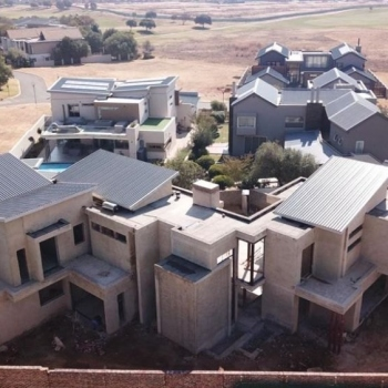 Desiner-Roof-trusses-Serengeti-Golf-and-Wildlife-Estate006